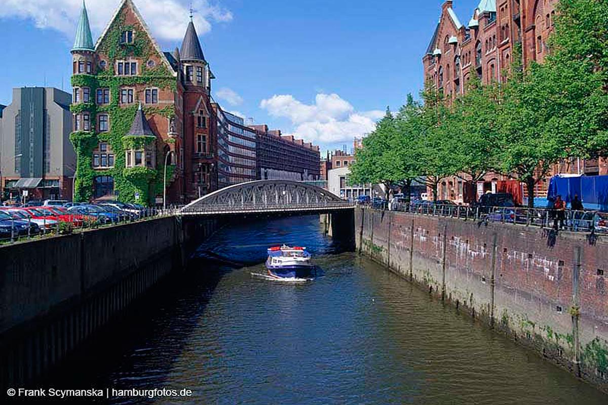 Romantische Fleetfahrt in Hamburg