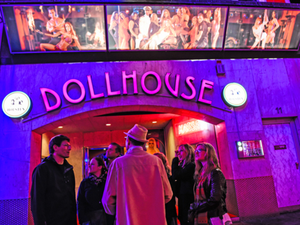 Eingang zum Dollhouse Hamburg