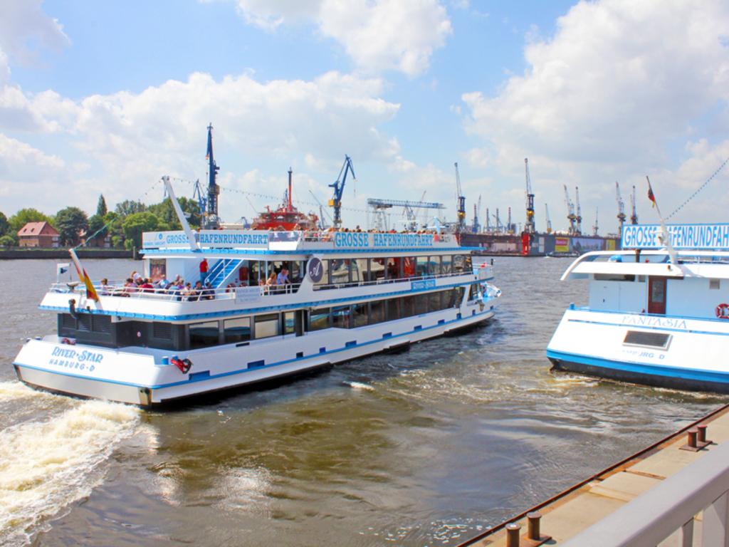 Schiff in Hamburg mieten